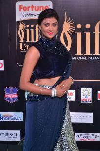 ishitha vyas hot at iifa awards 2017DSC_00570005