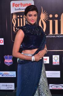 ishitha vyas hot at iifa awards 2017DSC_00620010