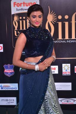 ishitha vyas hot at iifa awards 2017DSC_00640012