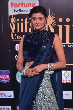 ishitha vyas hot at iifa awards 2017DSC_00720020