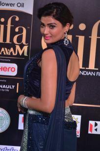 ishitha vyas hot at iifa awards 2017DSC_00740022
