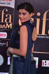 ishitha vyas hot at iifa awards 2017DSC_00760024