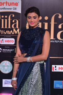ishitha vyas hot at iifa awards 2017DSC_00780026