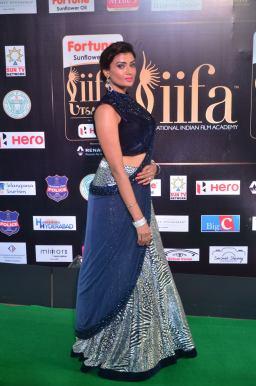 ishitha vyas hot at iifa awards 2017DSC_00830031
