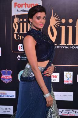 ishitha vyas hot at iifa awards 2017DSC_00890037