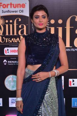 ishitha vyas hot at iifa awards 2017DSC_00910039