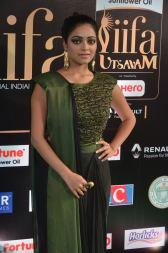jnani iyer hot at iifa awards 2017Janani Iyer (46)