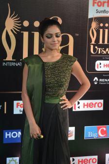 jnani iyer hot at iifa awards 2017Janani Iyer (49)