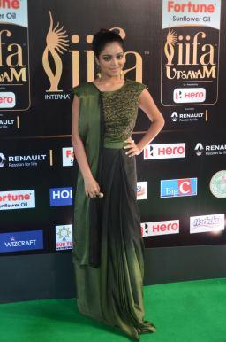 jnani iyer hot at iifa awards 2017Janani Iyer (52)