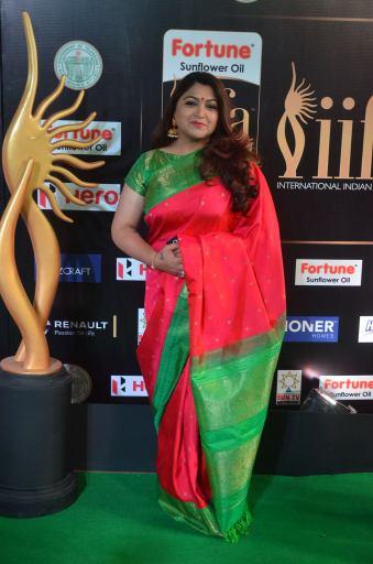 kushboo at iifa awards 2017 kushboo hot at iifa awards 2017 DSC_14450499