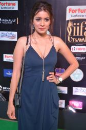 latha hegde hot at iifa 201755