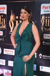 laxmi rai hot at iifa awards 2017DSC_88300001