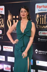 laxmi rai hot at iifa awards 2017DSC_88500021