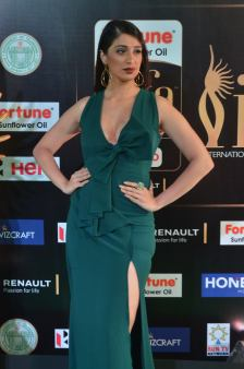 laxmi rai hot at iifa awards 2017DSC_88920063