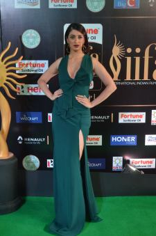 laxmi rai hot at iifa awards 2017DSC_88950066