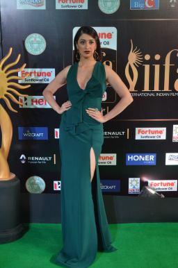 laxmi rai hot at iifa awards 2017DSC_88950066