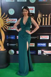 laxmi rai hot at iifa awards 2017DSC_89000071