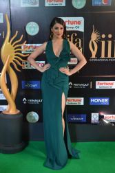 laxmi rai hot at iifa awards 2017DSC_89120083