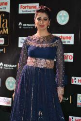 laxmi rai hot at iifa awards 2017HAR_58240017