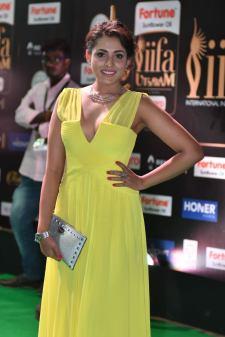madhu shalini hot at iifa awards 2017 HAR_55620014