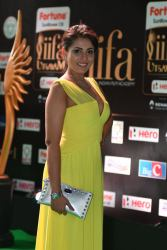 madhu shalini hot at iifa awards 2017 HAR_55930045