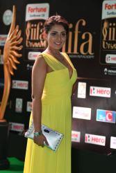 madhu shalini hot at iifa awards 2017 HAR_55940046