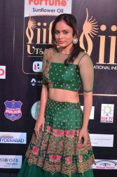 nandita swetha hot at iifa awards 2017DSC_78970071