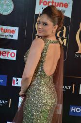 nikesha patel hot at iifa awards 201743