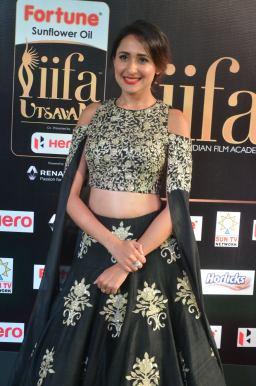 pragya jaiswal hot at iifa awards 2017DSC_91230035