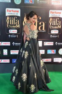 pragya jaiswal hot at iifa awards 2017DSC_91690081