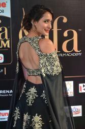 pragya jaiswal hot at iifa awards 2017DSC_91790091