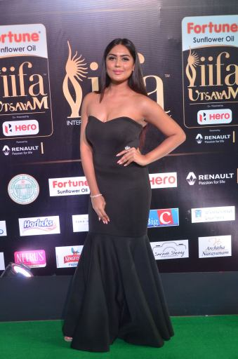 prajna hot at iifa 201743