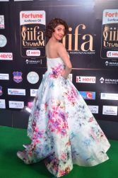 pranitha subhash hot at iifa awards 2017HAR_2613