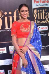 priya sree hot at iifa awards 2017DSC_85840020