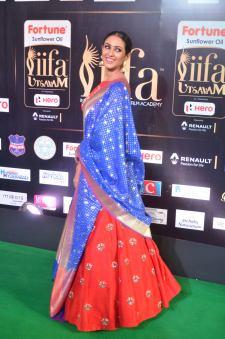 priya sree hot at iifa awards 2017DSC_85930029