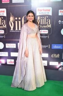 rakul preet singjh hot at iifa awards 2017DSC_90760042