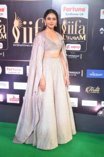 rakul preet singjh hot at iifa awards 2017DSC_90790045