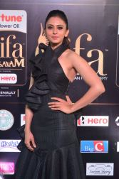 rakulpreetsingh hot at iifa awards 2017DSC_24360051