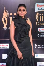rakulpreetsingh hot at iifa awards 2017DSC_24580073
