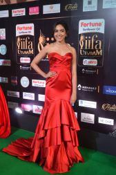 ritu varma hot at iifa awards 2017 DSC_12720327