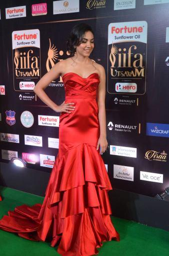 ritu varma hot at iifa awards 2017 DSC_12750330