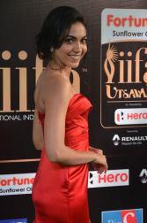 ritu varma hot at iifa awards 2017 DSC_13180373
