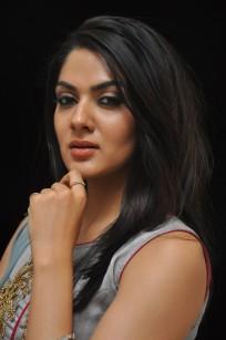 Sakshi Chowdary (1)