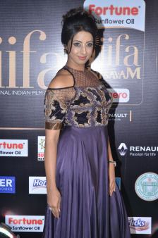 sanjjana hot at iifa awards 2017DSC_75430047