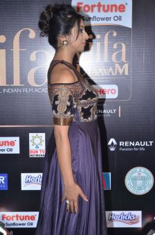 sanjjana hot at iifa awards 2017DSC_75450049