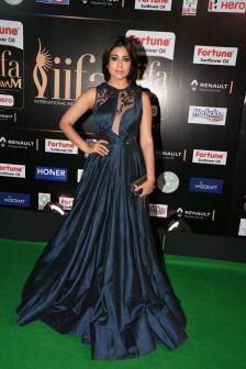 shriya saran hot at iifa awards 2017MGK_14260004