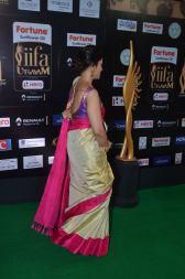 sneha in saree at iifa awards 2017DSC_68900054