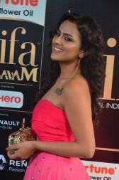 sredha hot at iifa awards 2017DSC_83810031