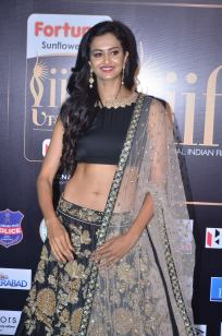 subra ayyappa hot at iifa awards 2017DSC_62980012