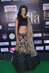 subra ayyappa hot at iifa awards 2017DSC_63390053